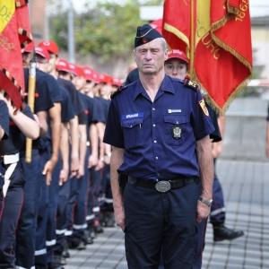 Schouwing van de troepen jeugdbrandweer (foto René Huybrechts)